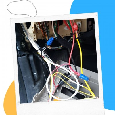 تركيب جميع انواع اجهزة السيارات sco040